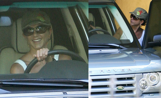 Aniston Heads Back to LA and Takes the Paparazzi With Her