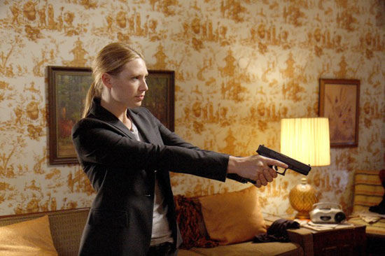 "Fringe Recap: Season One, Episode Five, ""Power Hungry"""