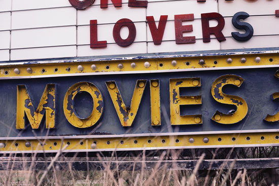 News Flash: Hollywood Vulnerable to Weak Economy