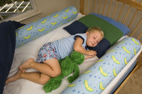 Mommy's Lil Helper: Bedbugz Bed Bolster
