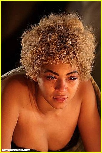Beyonce Looks 15 Pounds Heavier
