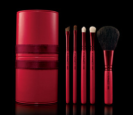 Bella Bargain: Save 25% on MAC Holiday Makeup