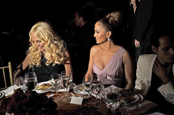 Donatella Versace, Jennifer Lopez.