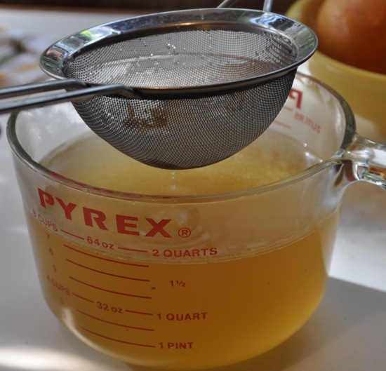 Alton Brown's Homemade Chicken Stock
