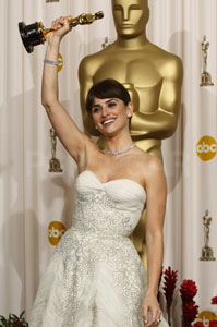 Live From the Press Room: Penelope Cruz!