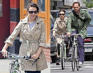 Photos of Rachel McAdams and Josh Lucas Riding Bikes in NYC