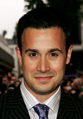 TV Casting News: Freddie Prinze Jr, Jessica Lucas, and More