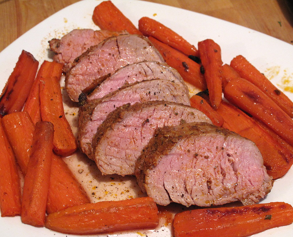 Spice-Rubbed Pork Tenderloin with Roasted Carrots