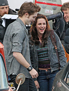 ET Goes On Set With New Moon Clip, Robert Pattinson Interview, Taylor Lautner Interview