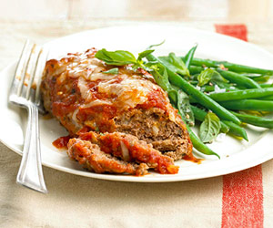 Fast & Easy Dinner: Mini Meat Loaves With Green Beans