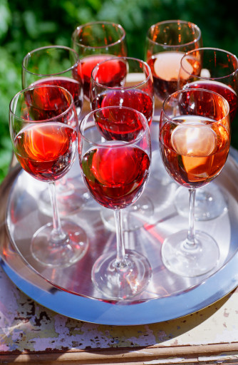 European Rosé Winemakers Unite to Fight New EU Legislation