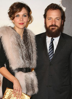 Sugar Bits — Maggie Gyllenhaal Marries Peter Sarsgaard