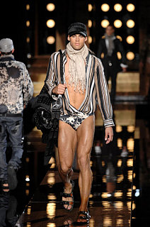 Dolce & Gabbana Menswear Spring/Summer '08: Love It or Hate It?