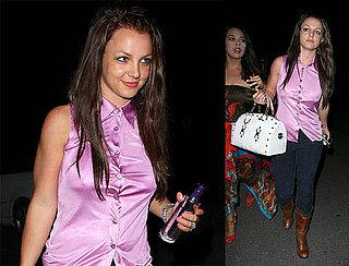 Britney Spears Tans In The Dark