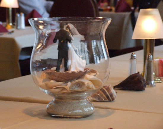 Beach wedding centerpiece picture
