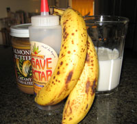 Smoothie Recipe: Banana Almond Butter