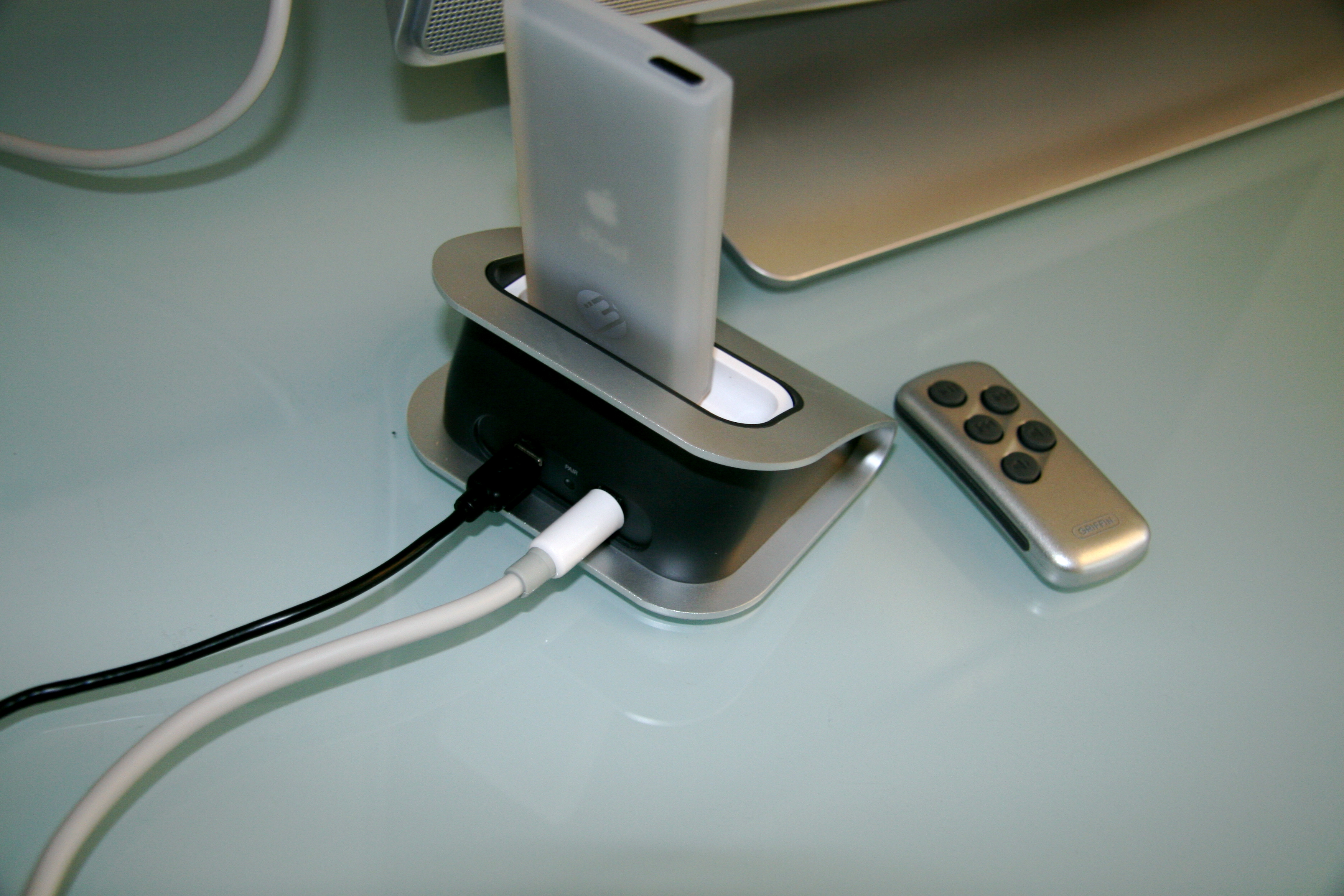 AirDock For iPod - For Your Computer, Stereo or TV