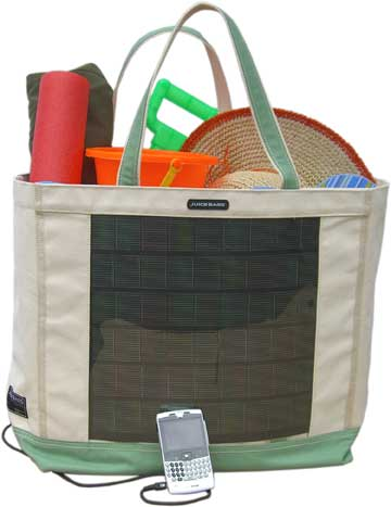 Solar Beach Bag Juices Up Your Gadgets