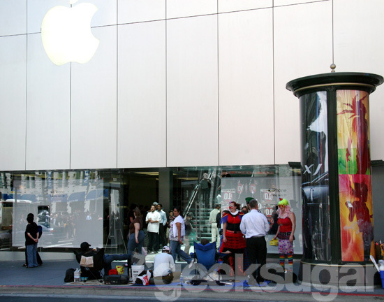The Wait Begins: iPhone Line In Downtown SF