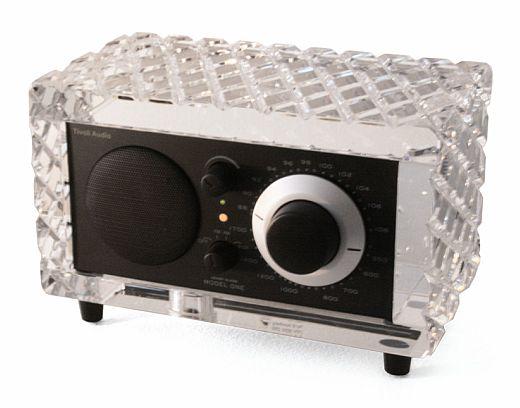 Luxurious Geek: Crystal Tivoli Audio System