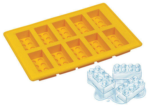 Lego Ice Cube Tray: Totally Geeky or Geek Chic?