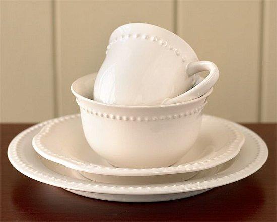 Wedding Registry 101: Dinnerware