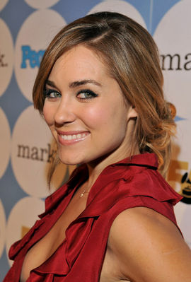 Getting Dressed With Lauren Conrad! Watch The Videos! Fun! Fun! Fun!