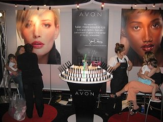 Beauty Byte: Hello Tomorrow Avon Beauty Tour