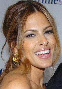 How-To: Eva's Happy Hearts Makeup Look