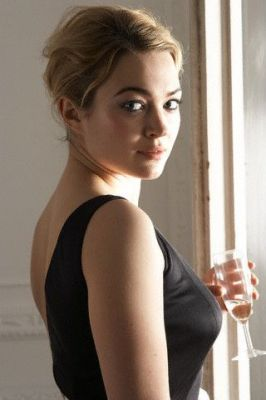 Sophia Myles Stella (UK) photo shoot