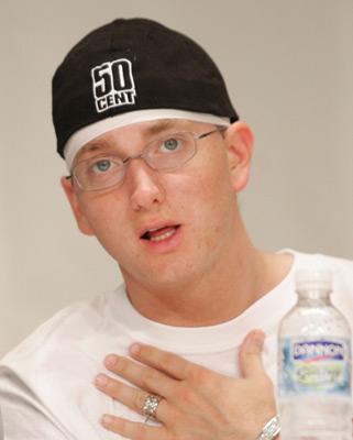 Sugar Bits - Eminem Divorced Kim Again