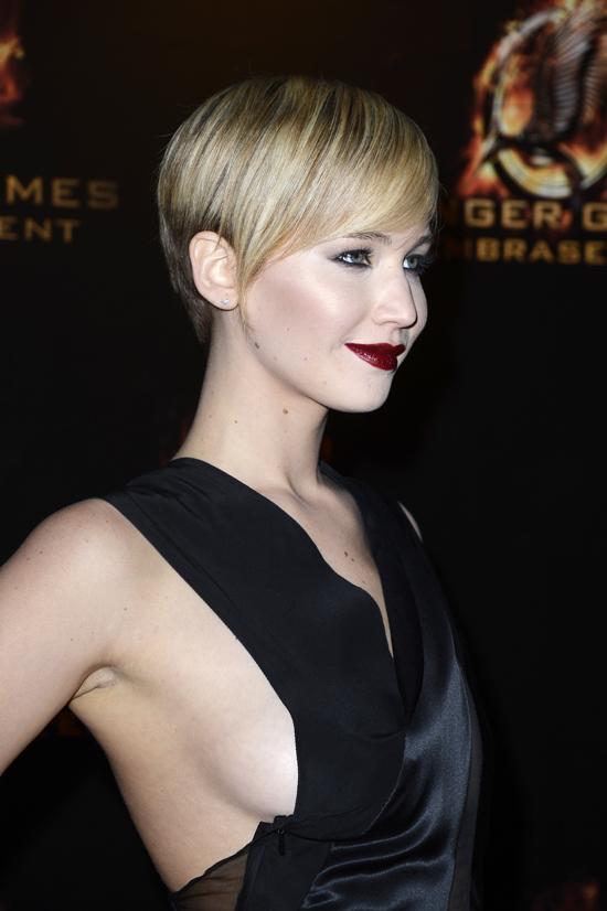 Black dress red lipstick dark