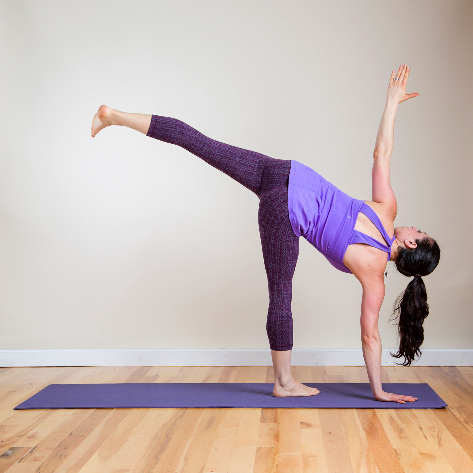 Half Moon Pose | Feeling Chilly? Do This Quickie Beginner ...