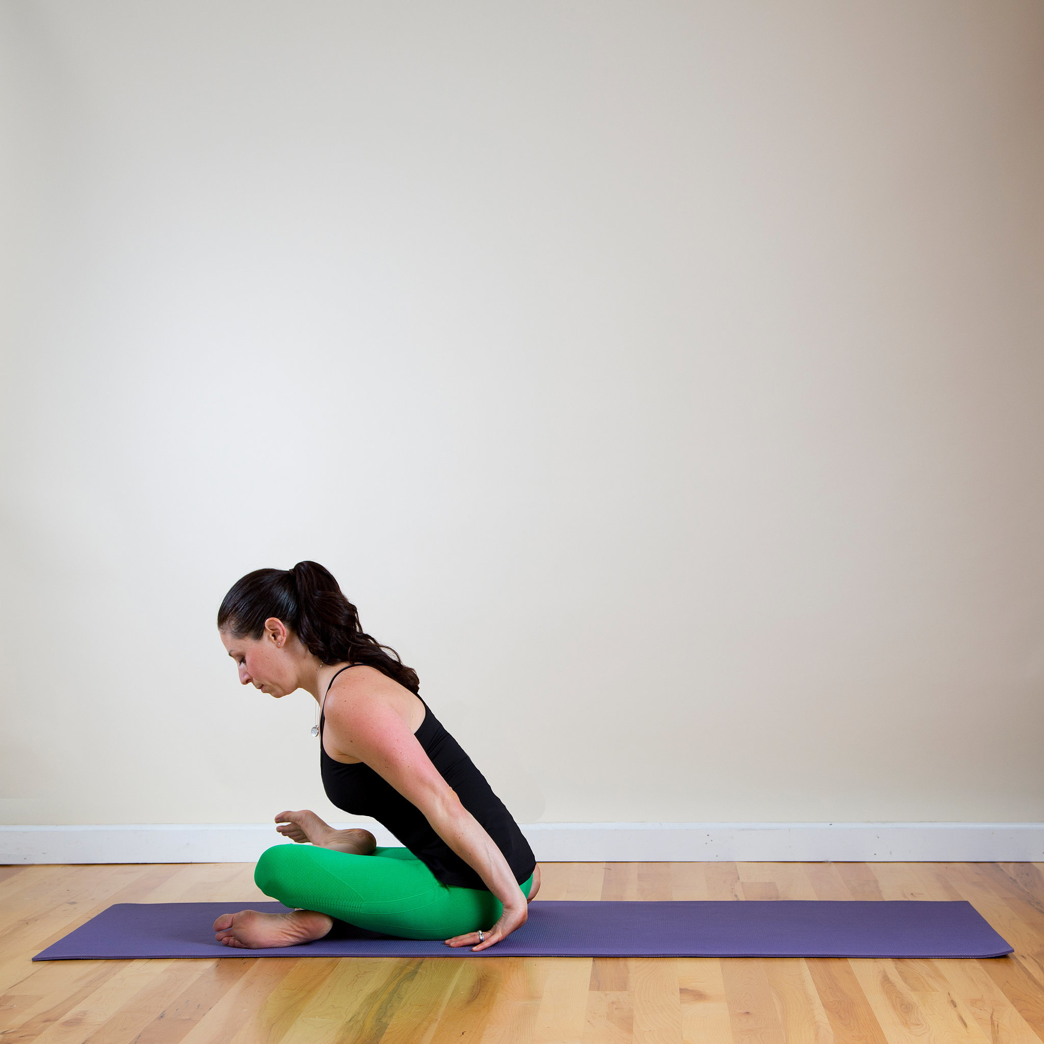 To beautiful, tightened hips - a couple of steps