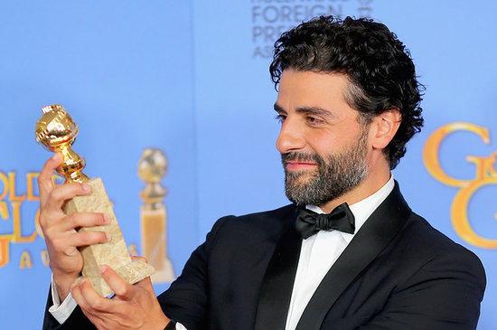 http://media4.popsugar-assets.com/files/2016/01/10/223/n/1922398/netimg6reRNh.preview/i/9-Photos-Oscar-Isaac-Proudly-Gazing-His-Golden-Globe.jpg