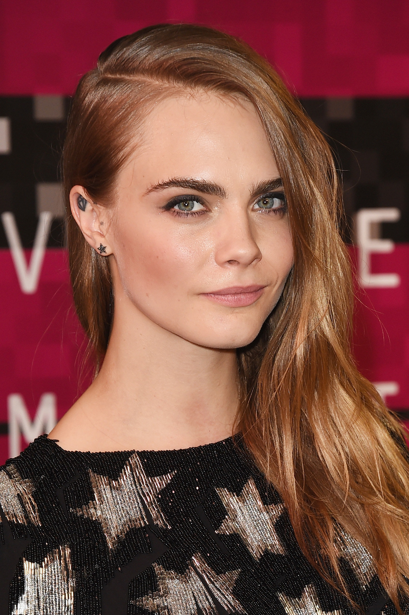 how to look like cara delevingne makeup wikihow