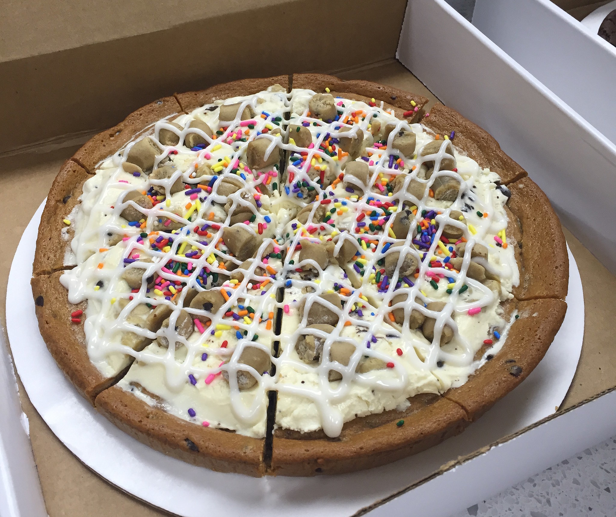 Cake Ice Cream Pizza : Baskin-Robbins New Products 2016 POPSUGAR Food