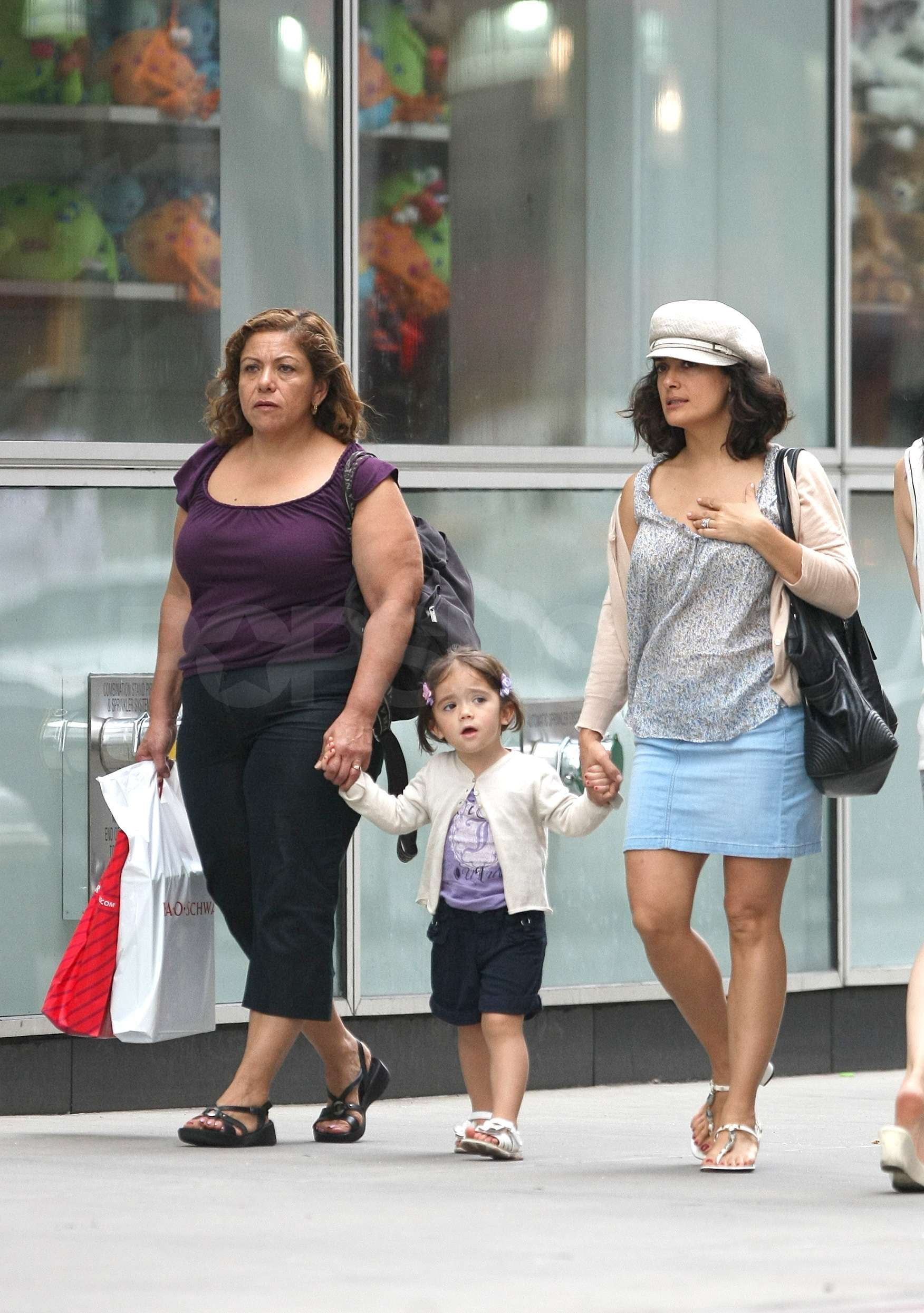 Pictures of Salma Haye... Salma Hayek Daughter Down Syndrome