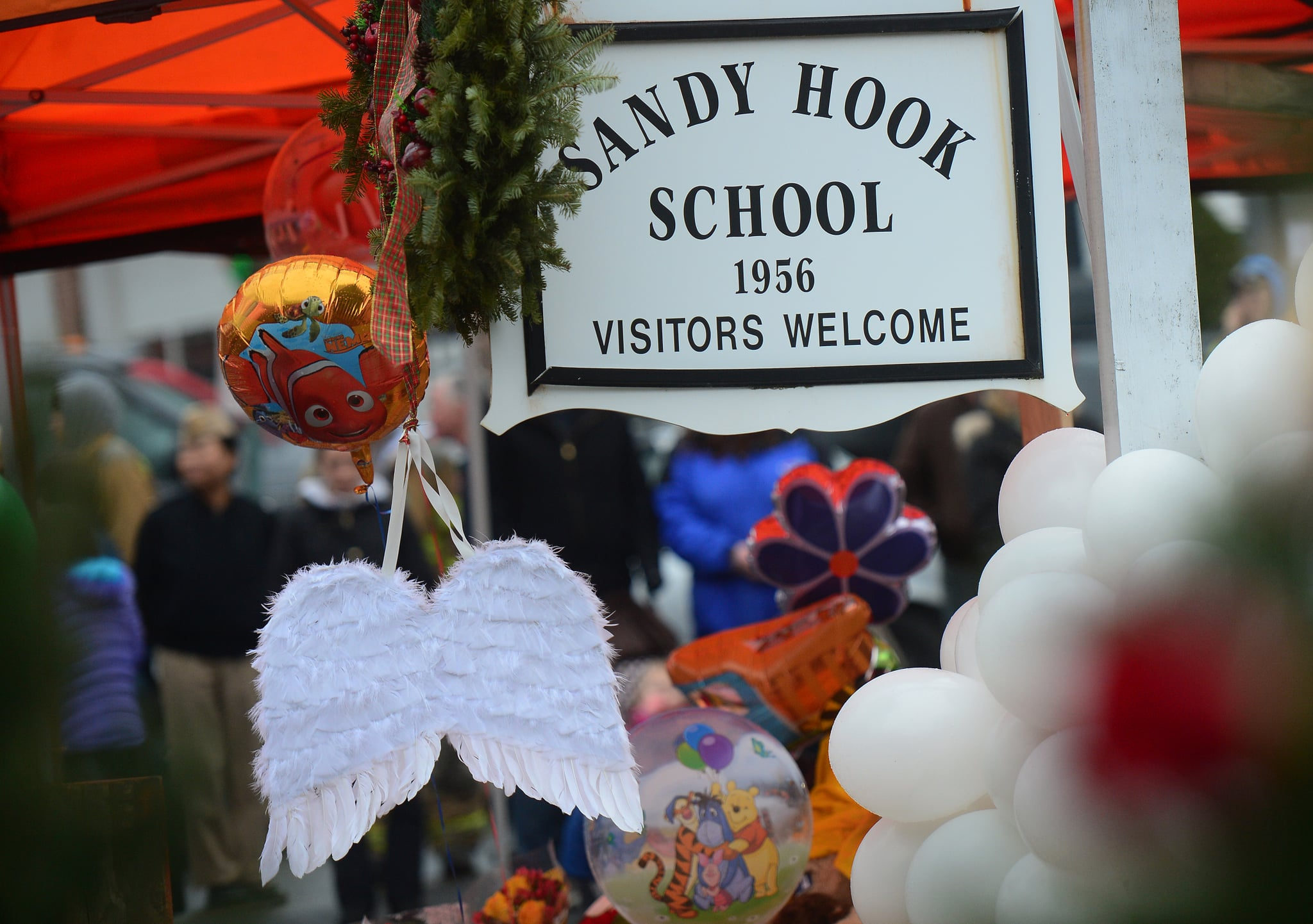 sandy hook chat The spike in gun sales after sandy hook meant more people died  samsung users in the uk will soon be able to video chat with doctors through the.