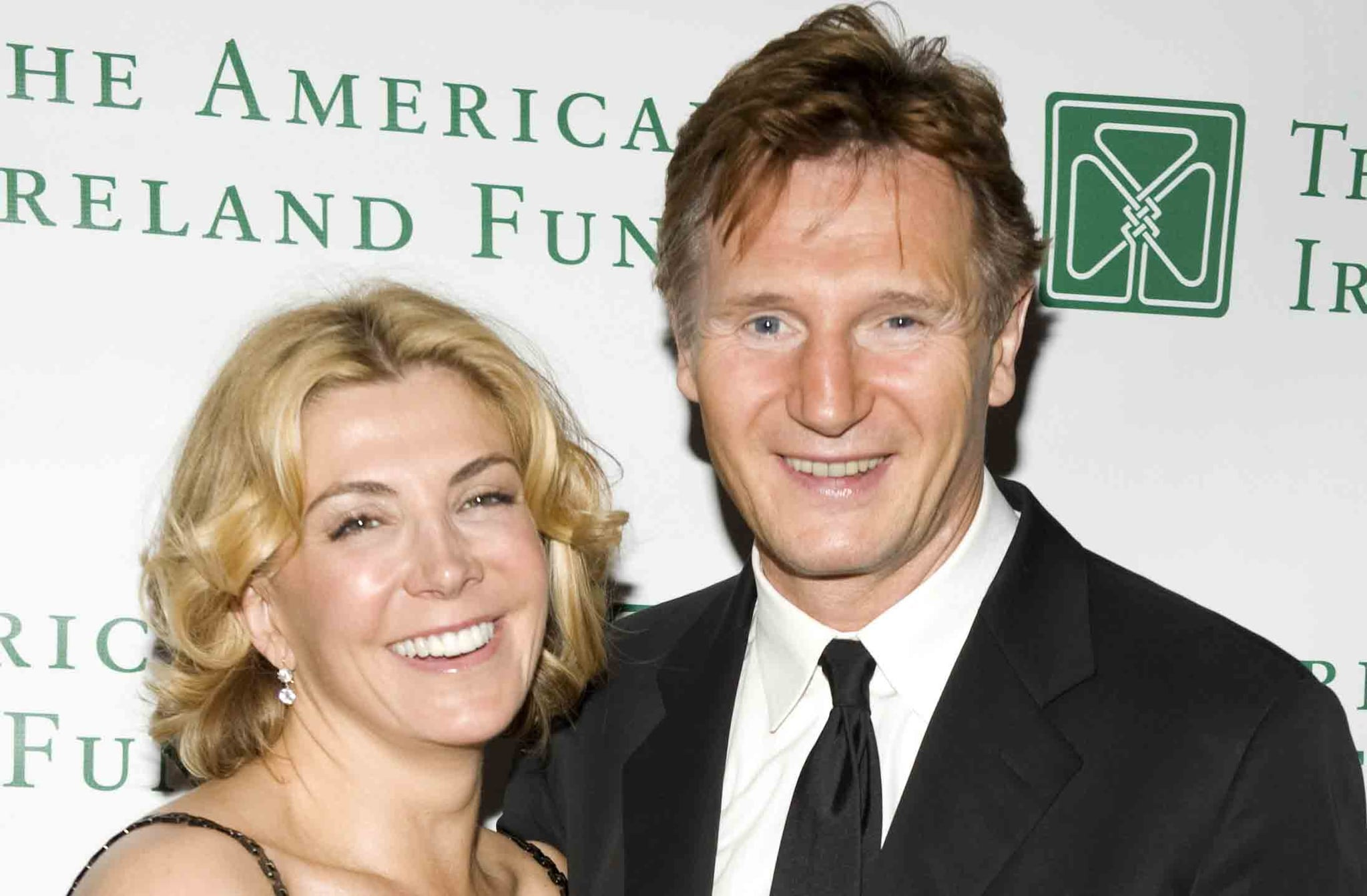 Liam neeson talks about late wife natasha richardson for Natasha richardson liam neeson wedding