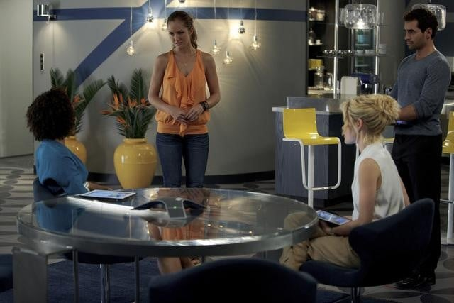Rachael Taylor, Ramon Rodriguez, Minka Kelly, and Annie Ilonzeh in ABC&#039;s Charlie Angels.</p> <p>Photo copyright 2011 ABC, Inc.