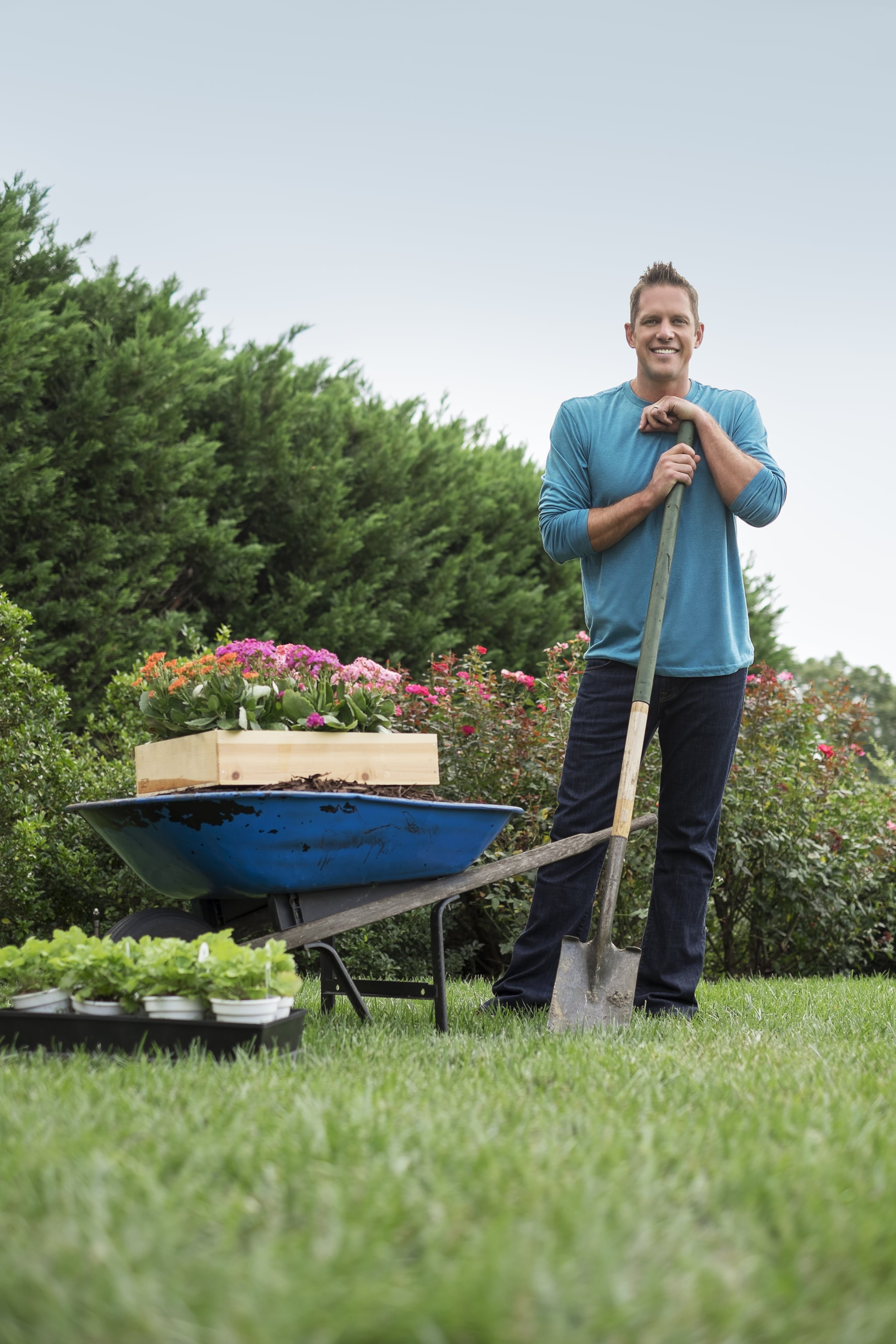 how to get cast on yard crashers popsugar home