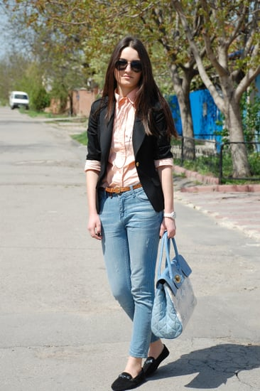 http://www.pearlofelegance.com/2012/04/casual-for-school-days.html