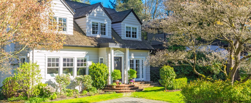 A Real Estate Agent Reveals the Truth About Selling Your House in the Summer