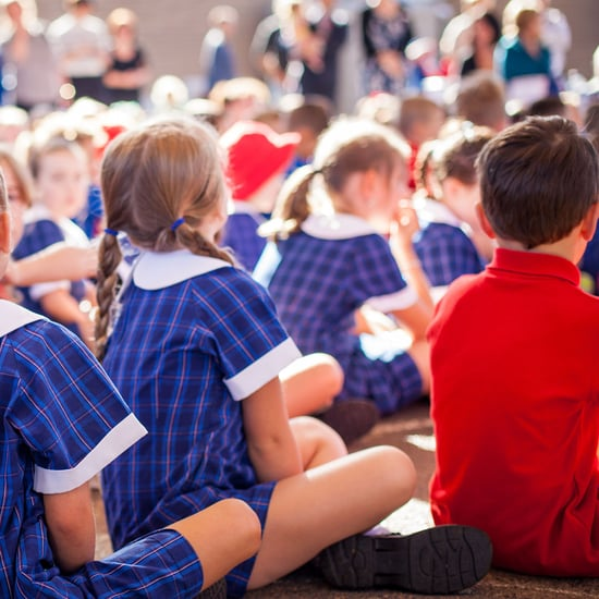 Elementary School Bans Clapping For Silent Cheers