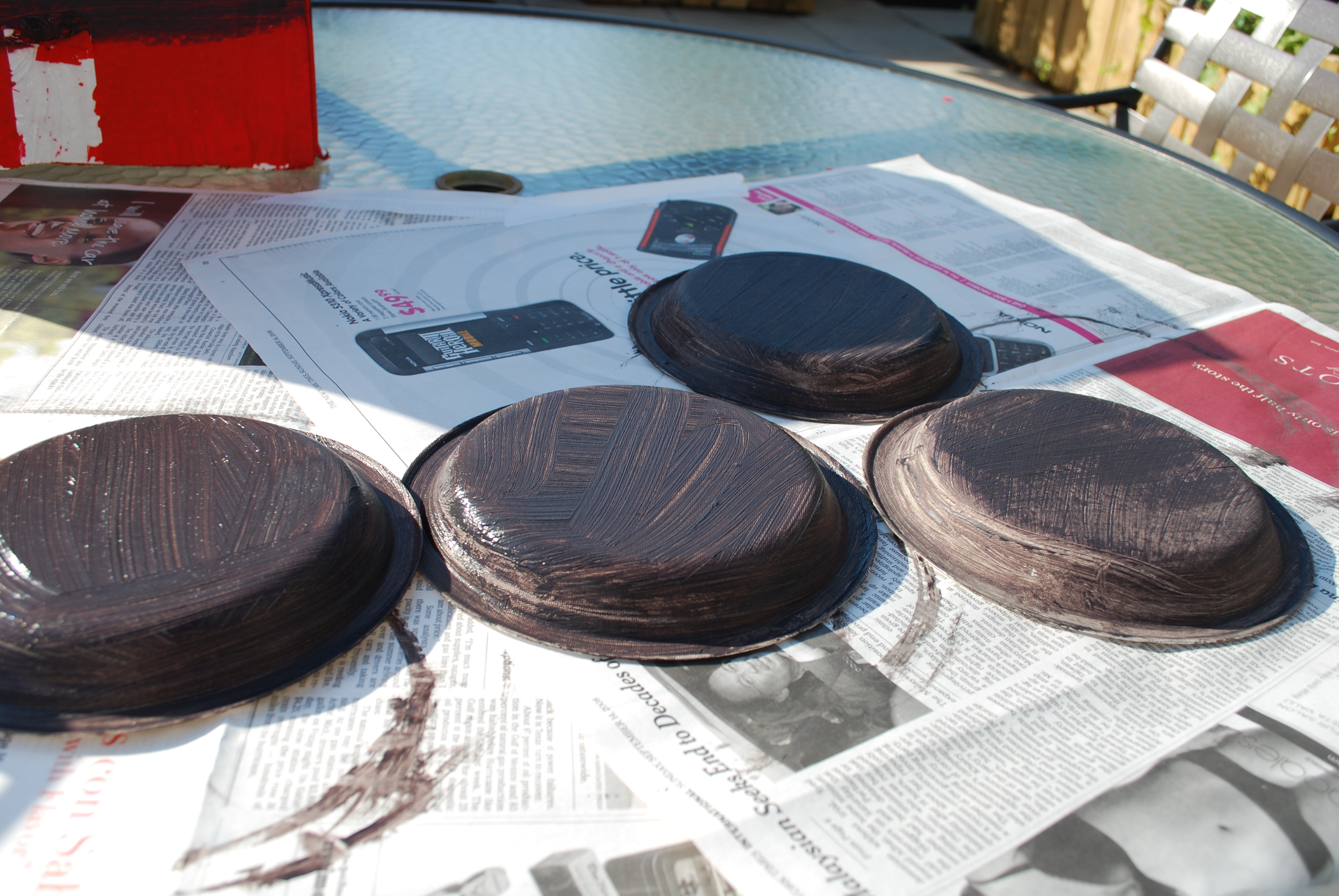 Allow all four plates to dry completely.
