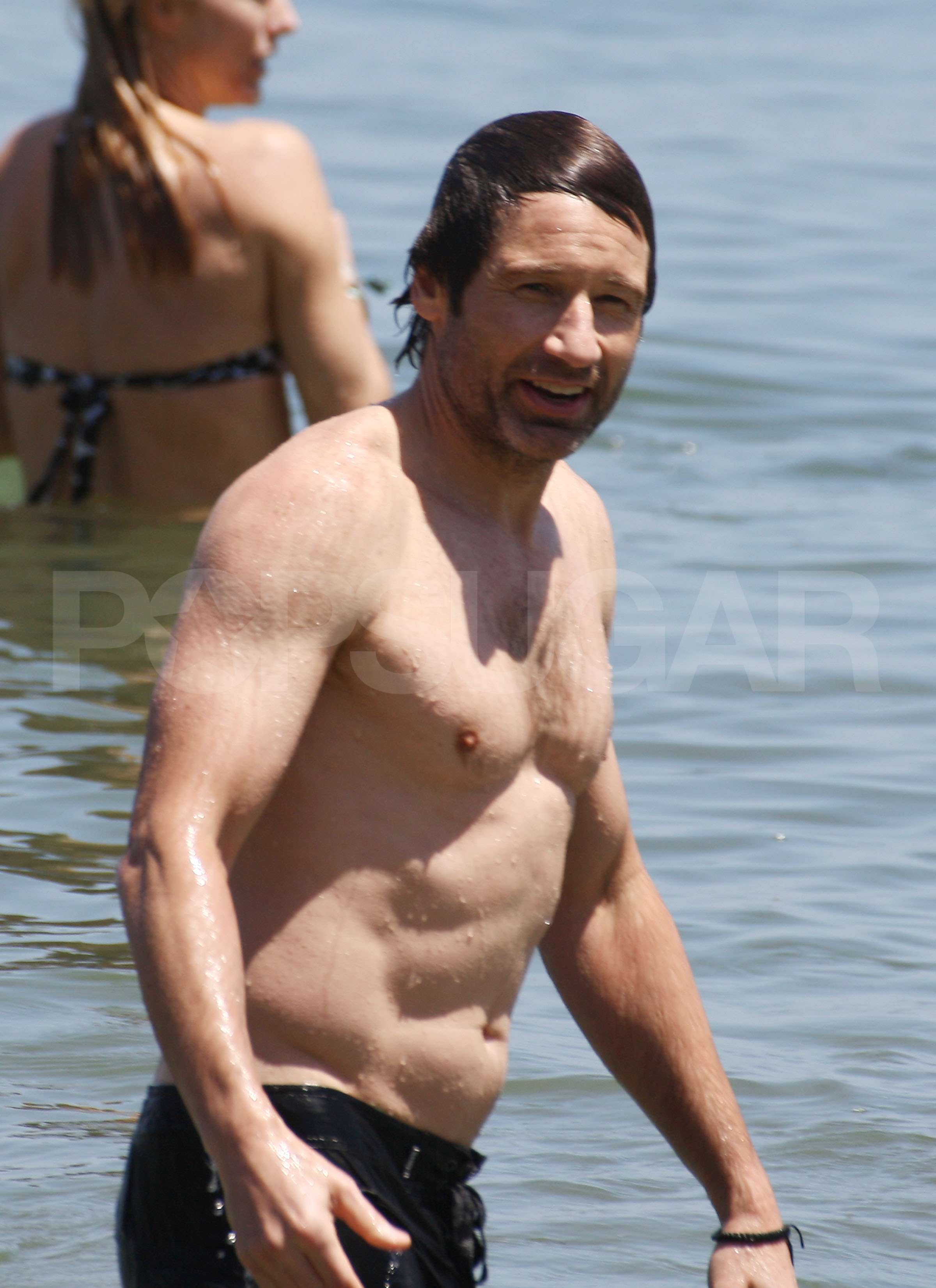photos of david duchovny and tea leoni spending father s day together